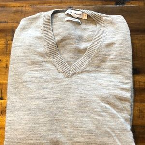 Men's XL Calvin Klein v neck
